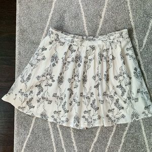 Old Navy Ivory Floral Circle Skirt